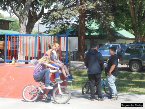 Alpine Achievers with Americorps help the youth of Saguache who enjoy a nice summer day in the park. Photo: Saguache Today.