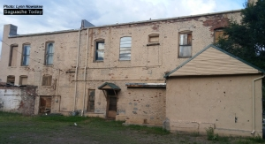 Mason Building is located on the NW corner of on 4th Street and San Juan Avenue in downtown Saguache. This is the rear of the structure. Photo: Saguache Today/Lynn Nowiskee