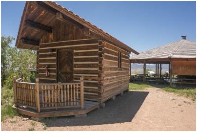 Massage Cabin_Everson Ranch